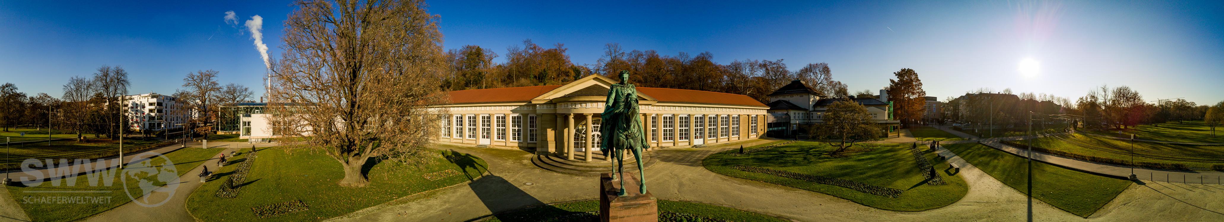 Reiterstatue König Wilhelm der I. vor dem Großen Kursaal